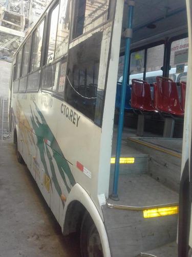 se vende bus hino