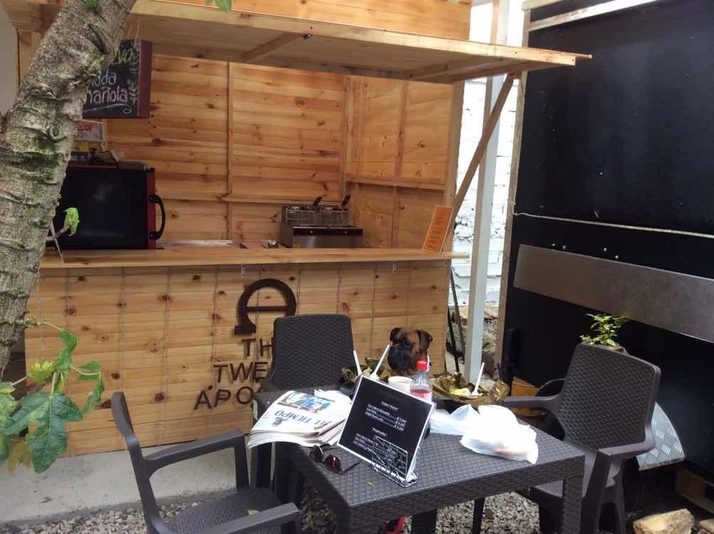 se vende cabaña en pino para negocio transportable