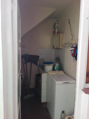 se vende cálida e inmejorable casa con departamento a estrenar