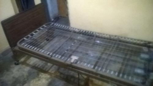 se vende cama clinica electrica buen estado barata