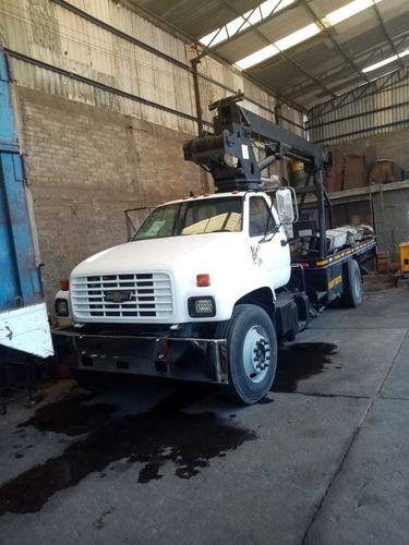 se vende camión con equipo de grúa hidráulica