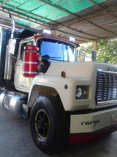 se vende camion mack en buen estado general 04266718201