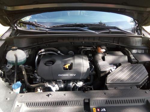 se vende carro hyundai tucson 2017