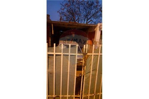 se vende casa 2 dorm. con garaje