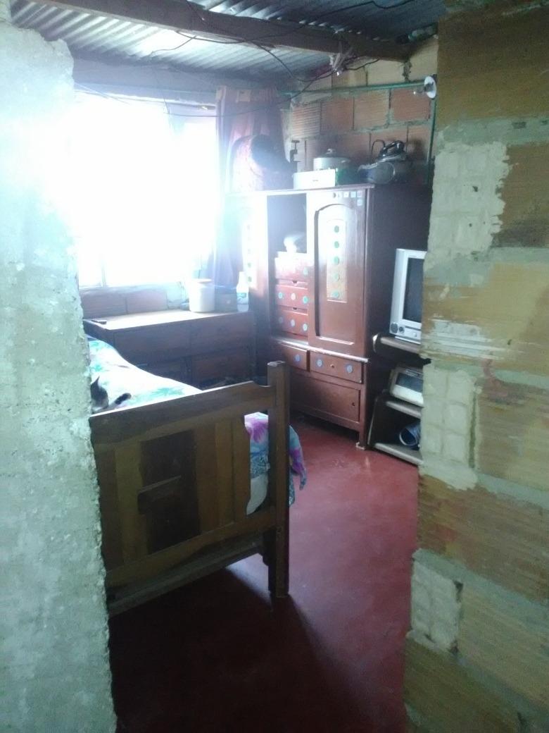 se vende casa 2 habitaciones, sala,cocina,baño,lavadero.