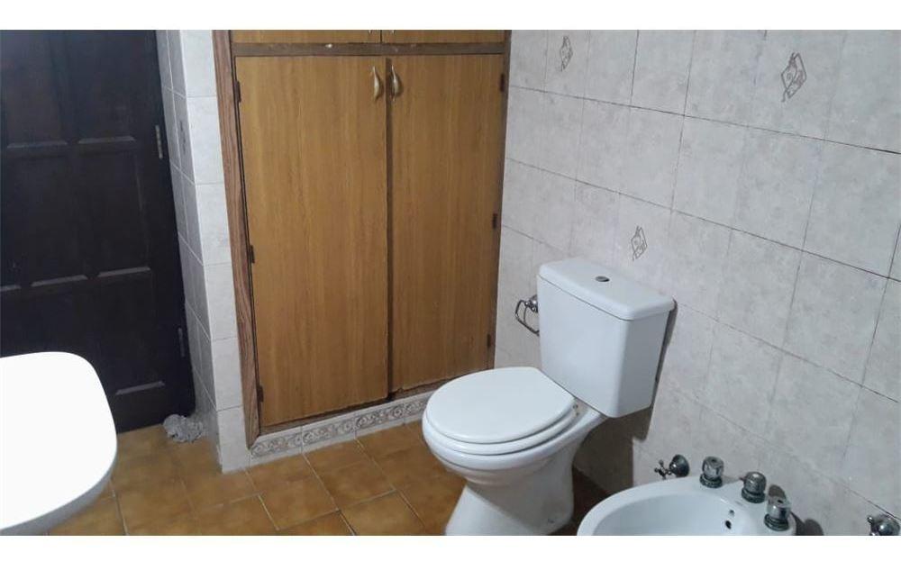 se vende casa 3 dorm. 3 cocheras en cabaña leiva