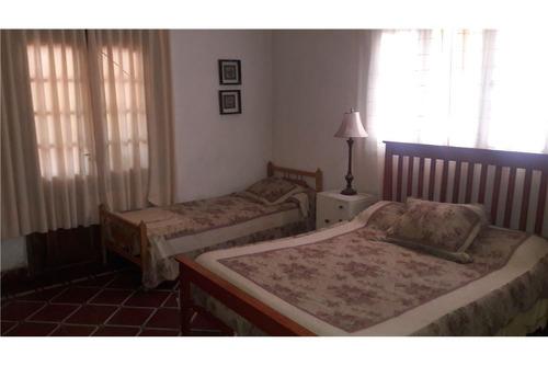 se vende casa 3 dormitorios +departamento, tanti