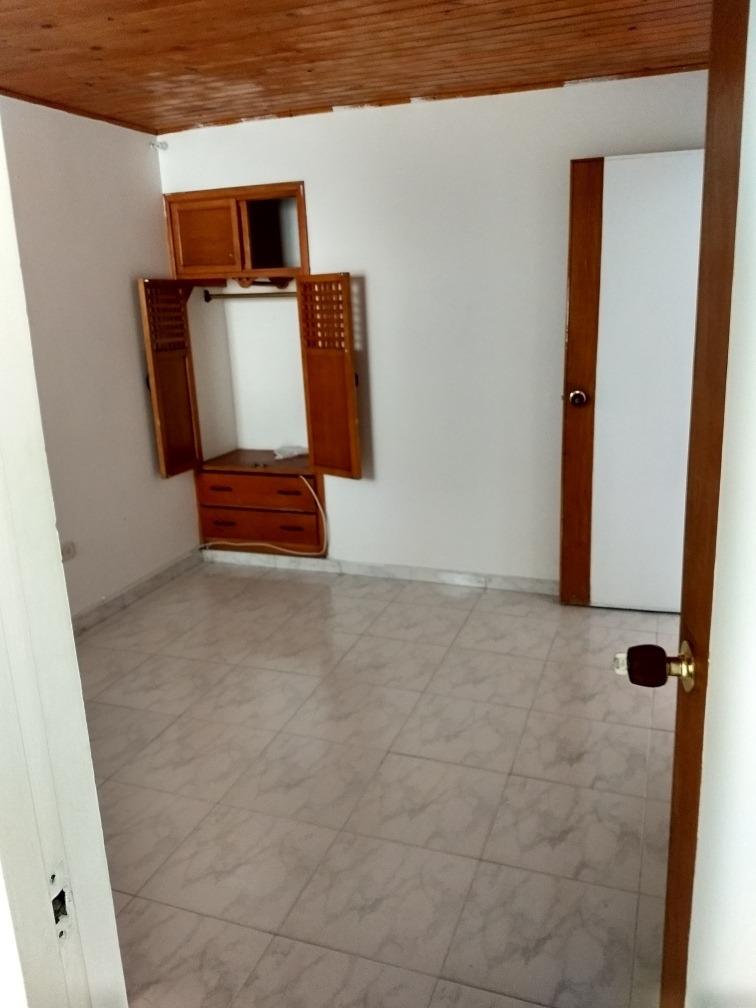 se vende casa 3 habitaciones, barrio cedritos.