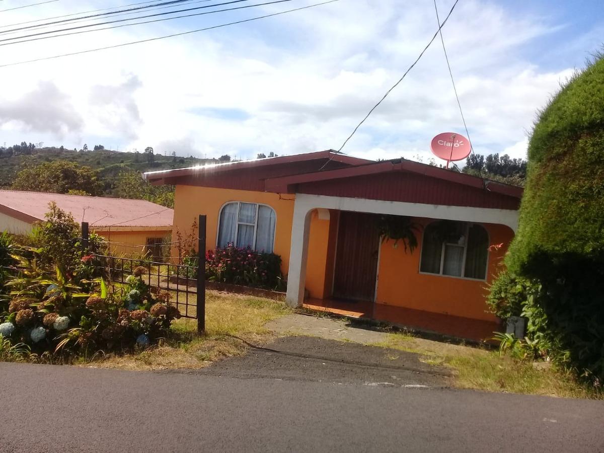 se vende casa barata en llano bonito naranjo