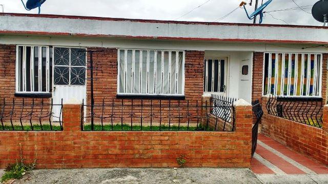 se vende casa barrio la lorena chia