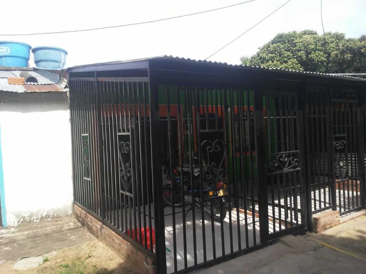 se vende casa barrio puertas del sol