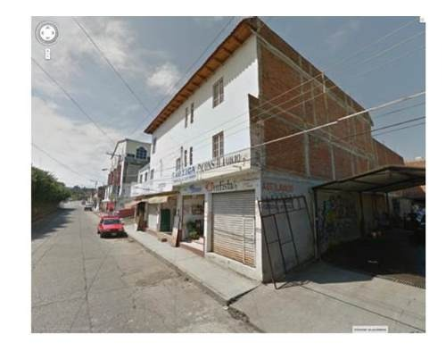 se vende casa con locales comerciales fracc.las palmas