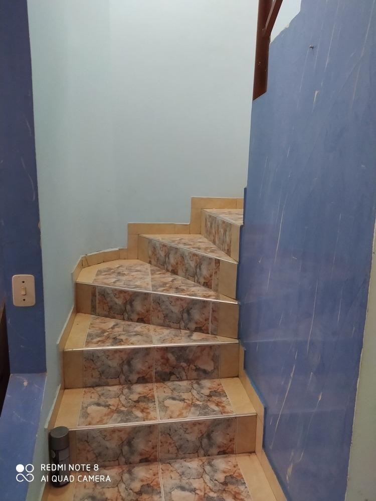 se vende casa de 2 pisos almendros-suba excelente ubicación