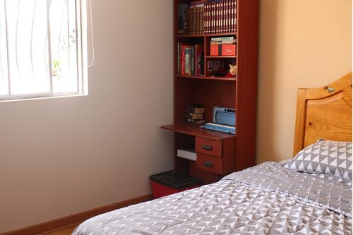 se vende casa de 2 pisos los precursores remodelada