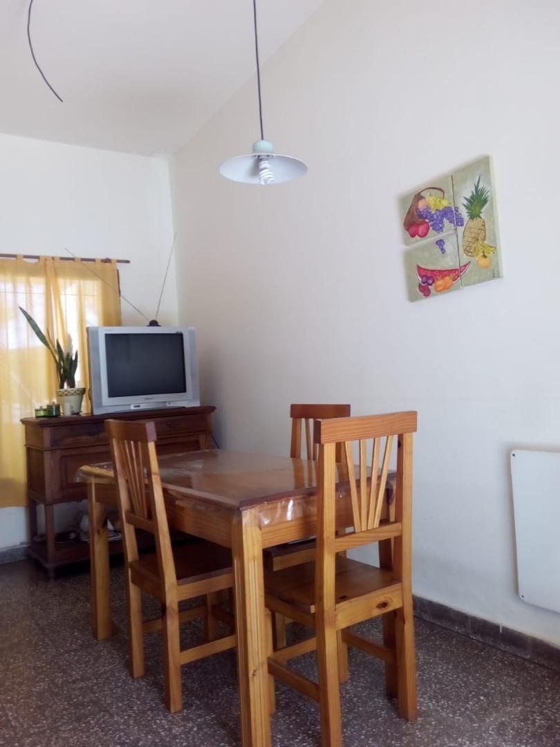 se vende casa de 3 dormitorios en b° residencial santa rosa