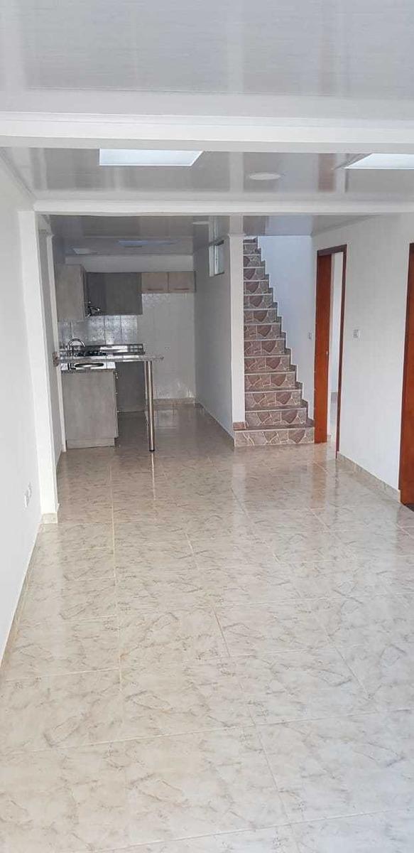 se vende casa de 3 habitaciones dos baños, cocina integral