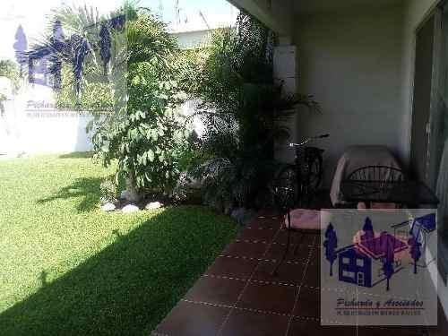 se vende casa de 3 recamaras  en condominio en  jiutepec morelos
