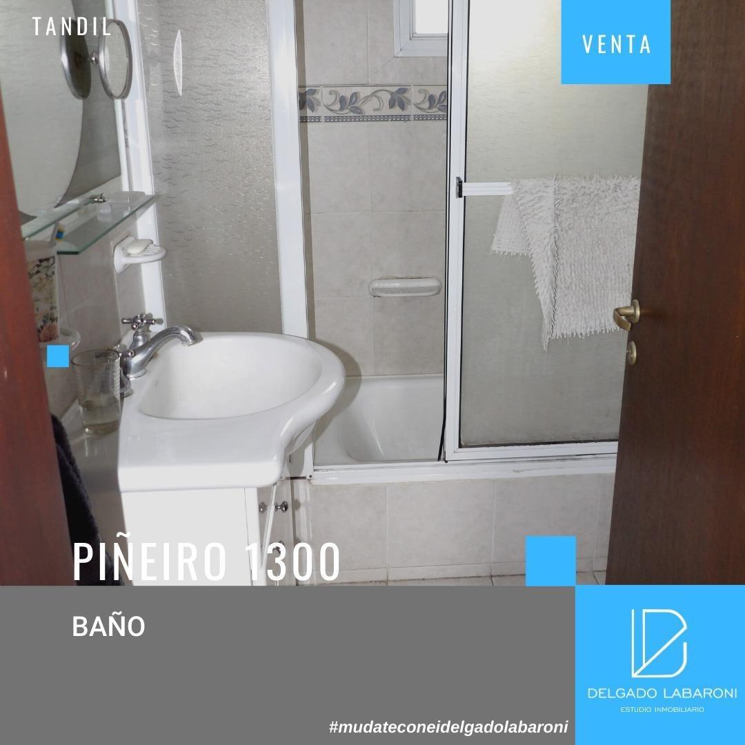 se vende casa de 4 dorm | calle piñeiro 1349| tandil