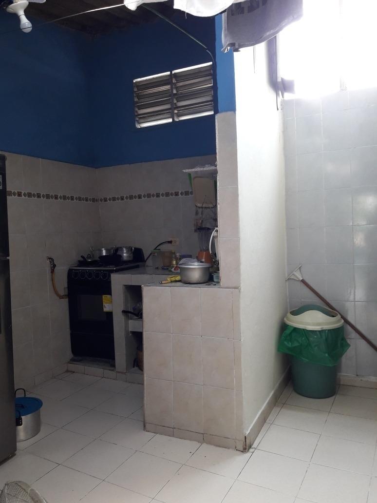 se vende casa de 4 habitaciones baño cocina sala