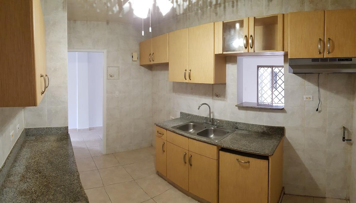 se vende casa duplex ubicada en ville di firenze/albrook.-cr