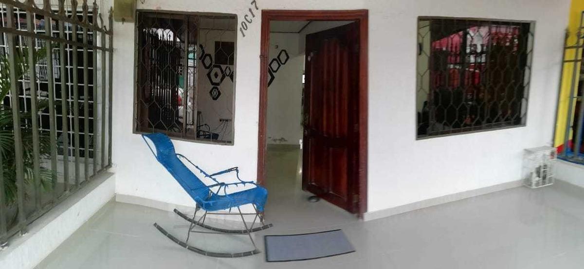 se vende casa en barranquilla 3113036311