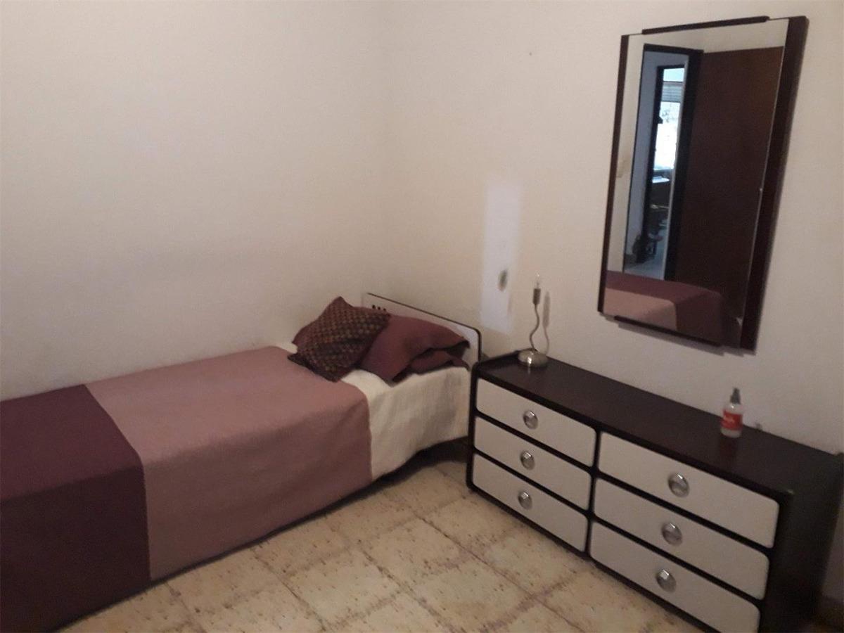 se vende casa en barrio mariano balcarce - zona ruta 20.-