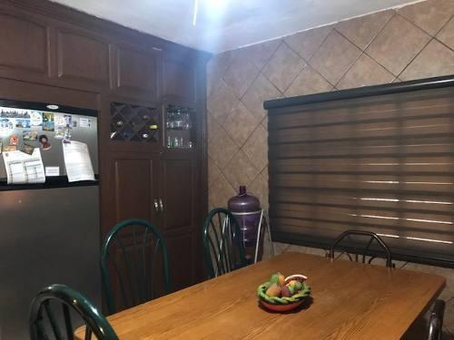se vende casa en colonia la cortina