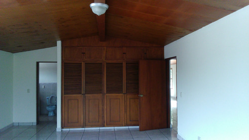 se vende casa en colonia san francisco, san salvador