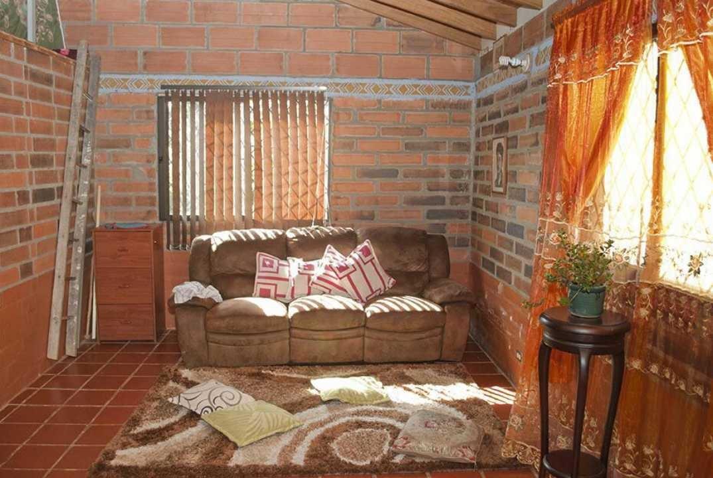 se vende casa en copacabana antioquía