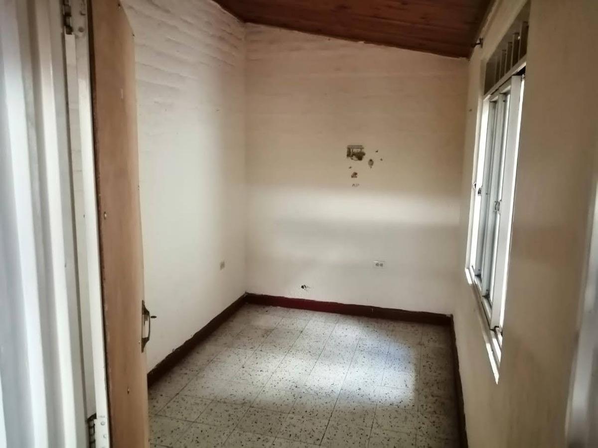 se vende casa en el b/ palo blanco (buga valle)