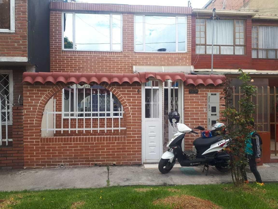 se vende casa en el barrio boita(tundama)