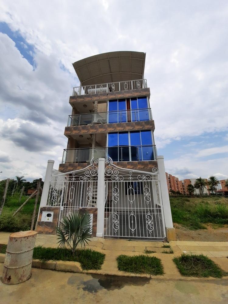 se vende casa en el barrio villa magna (ciudad 2000) cali
