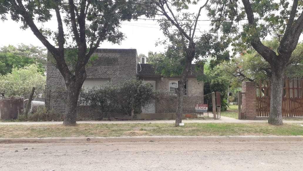 se vende casa en el centro de andinocalle