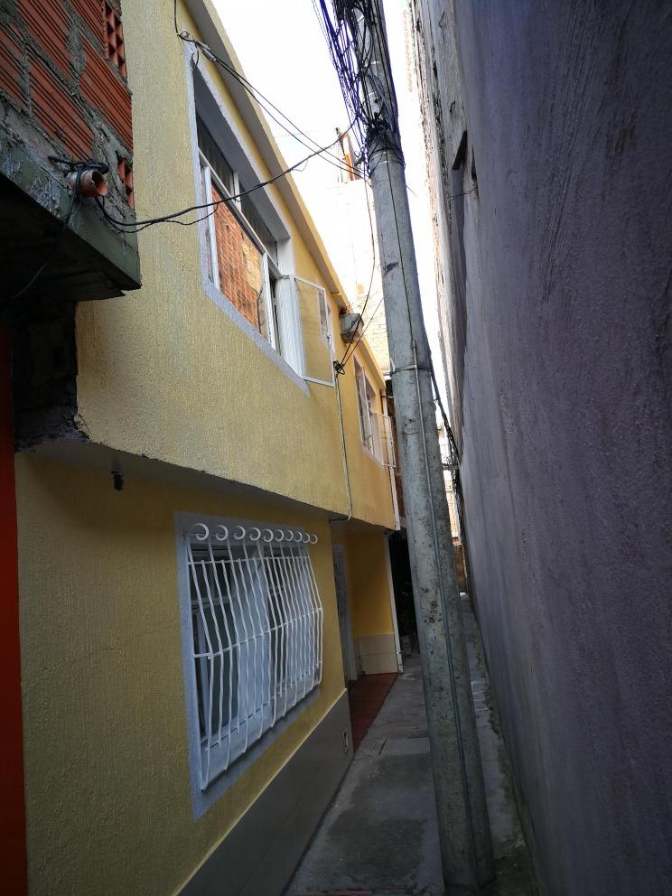 se vende casa en fontibon versalles