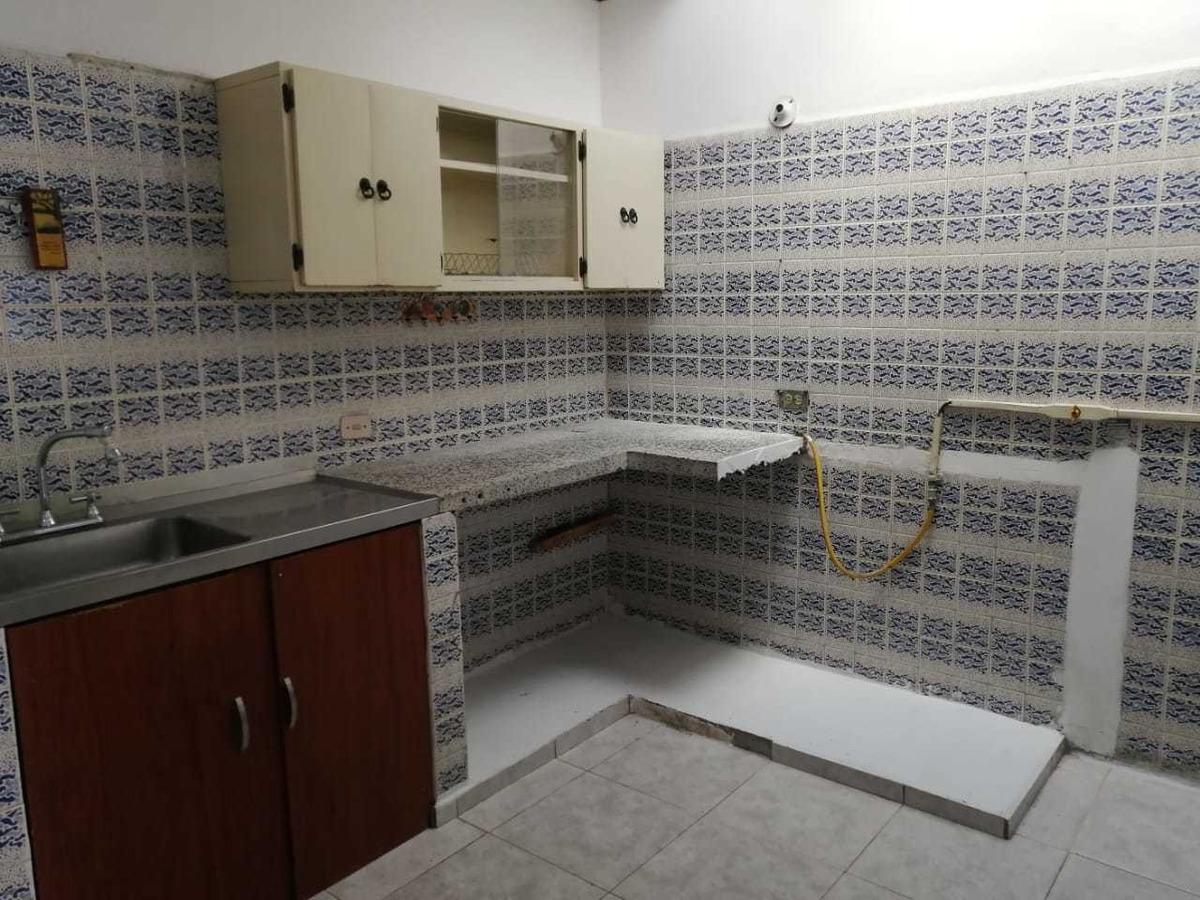 se vende casa en las acacias. armenia