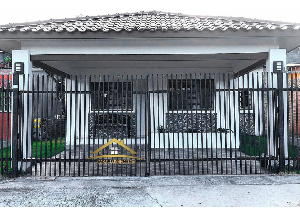 se vende casa en los algarrobos cercada y segura