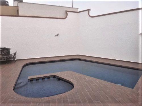 se vende casa en san jeronimo de ahuatepec, cuernavaca.