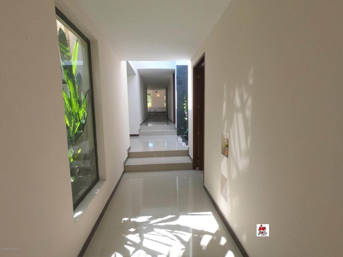 se vende casa en san jose mls 19-860 fr