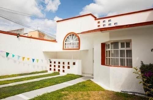 se vende casa en tejeda, jardín,  3 recamaras, 3.5 baños, cuarto serv, ganela!!