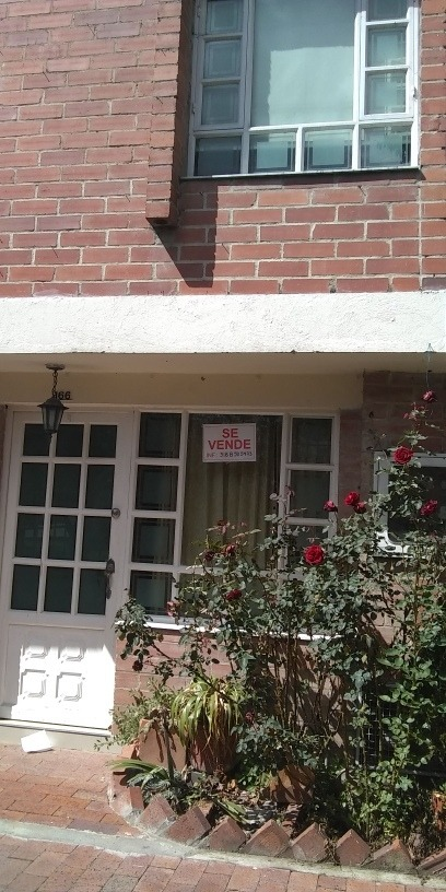 se vende casa en torremolinos