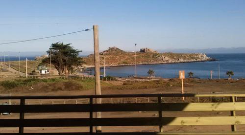 se vende casa frente a playa de punta de tralca