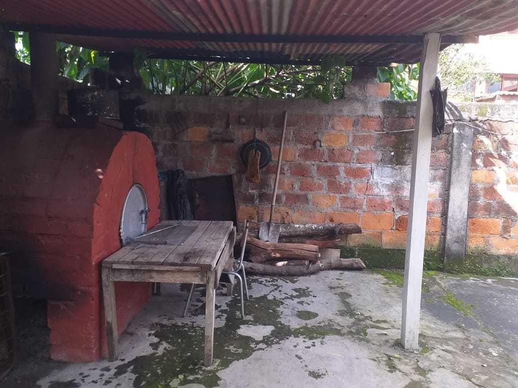 se vende casa grande en el municipio de granada meta