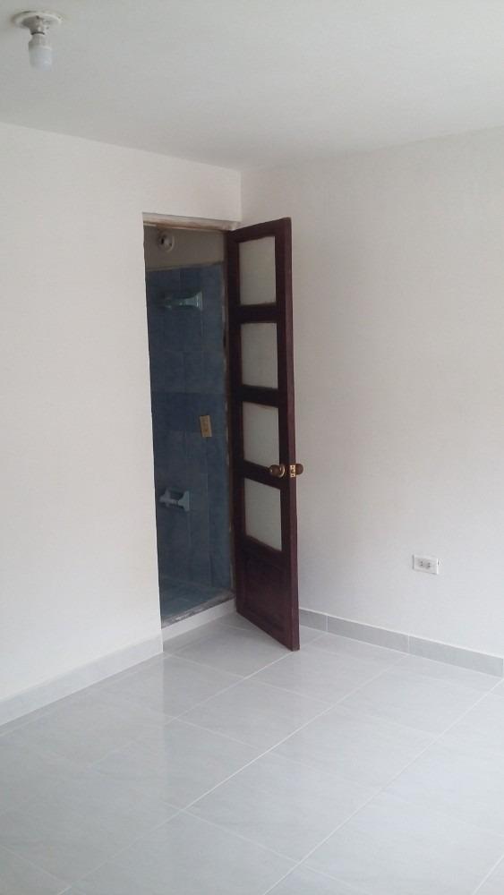 se vende casa grande super comoda, con muy buenos espacios