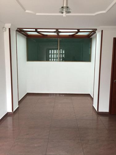 se vende casa junto con dos locales algarra 3