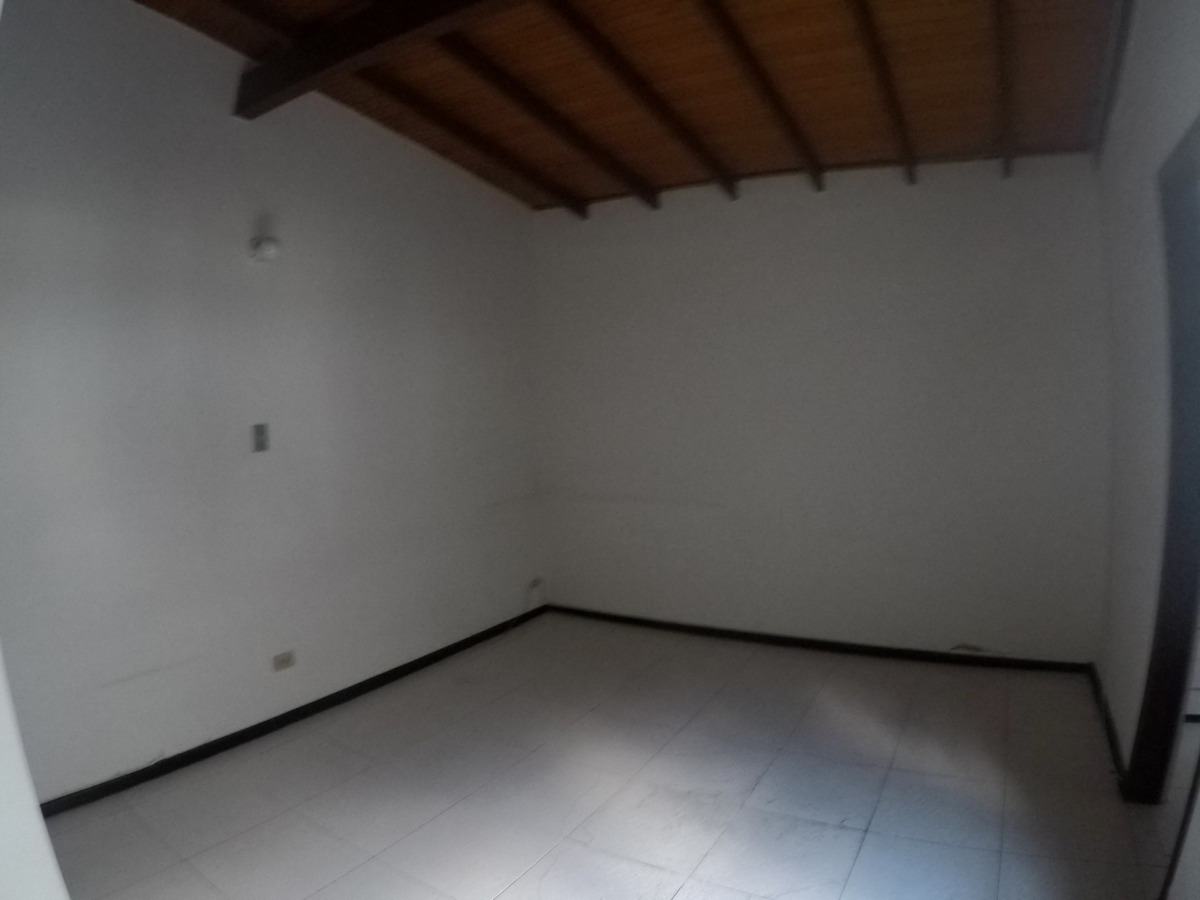 se vende casa lote en simon bolivar, laureles