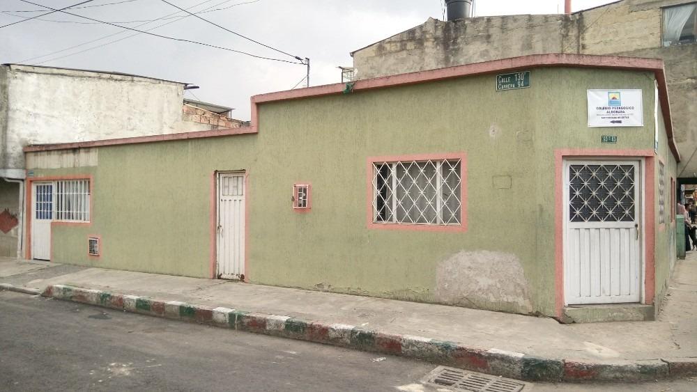 se vende casa lote esquinero