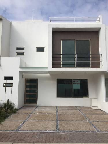 se vende casa nueva con roofgarden el mirador