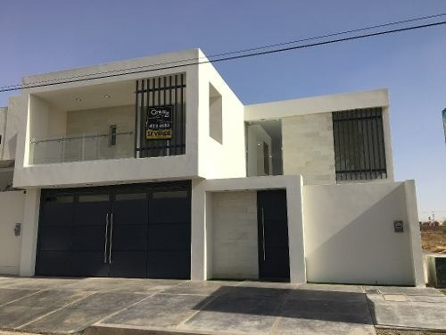se vende casa residencial en zona norte