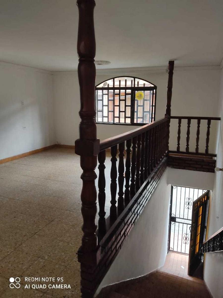 se vende casa segundo piso barrio alcalá envigado