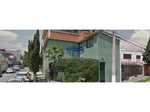 se   vende   casa   sola    en    colonia   jacarandas  .